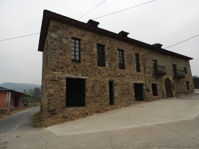 Cover photo of resource de Bodega y Viñedos Pittacum