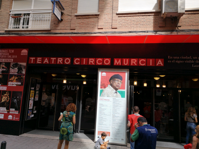 Cover photo of resource de Teatro Circo