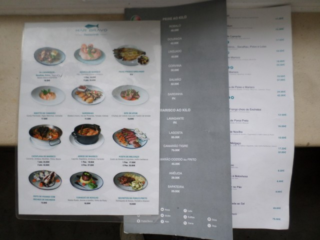 Photo/s of general information of restaurant and bar areas