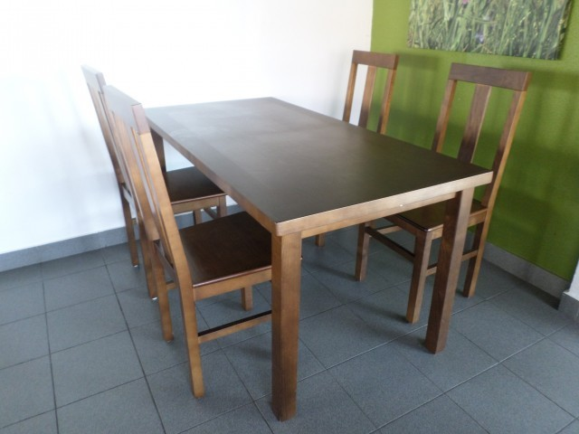 Photo/s of 1º food and beverage - furniture - table