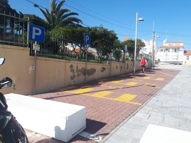 Cover photo of resource - Estacionamento da Praia da Poça